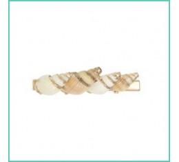 Haarclip shells in the hair